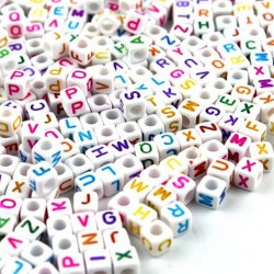 perles acryliques blanches écritures fluos