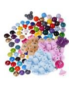 Perles et accessoires en bois